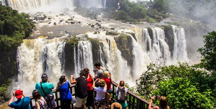 cataratas-do-iguacu-pacotes-de-viagem-promocionais