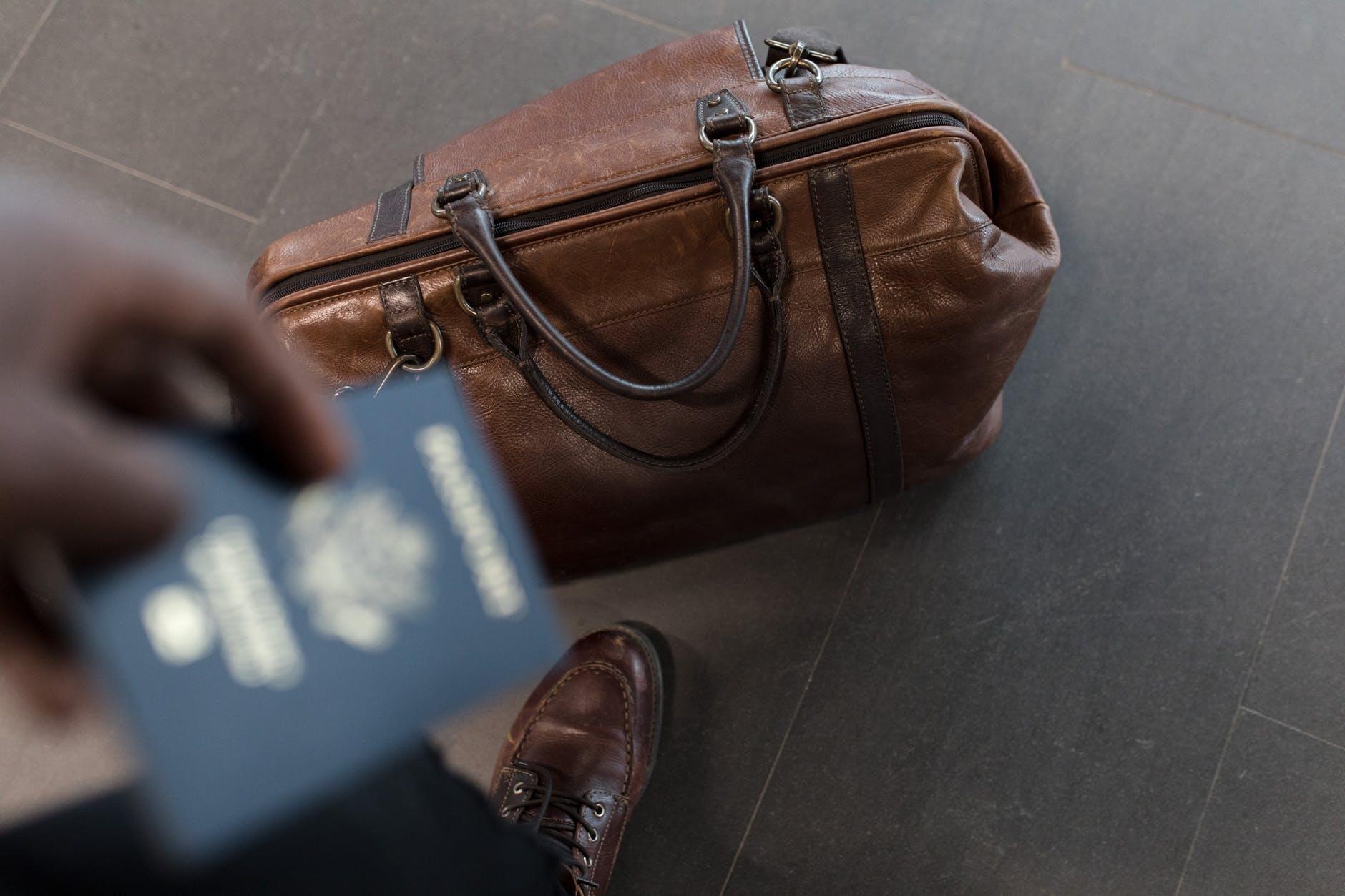 bolsa de couro para viagem